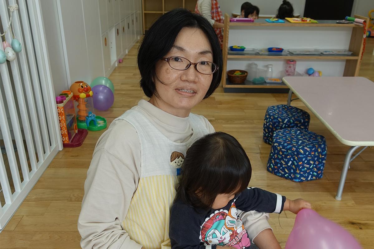 のびのび保育園(沖縄県うるま市) 知念華子先生(保育士)44歳